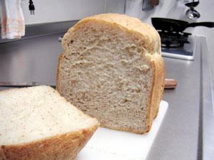 グラハム粉入りパン